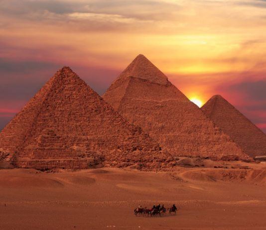 pyramids of giza facts for kids